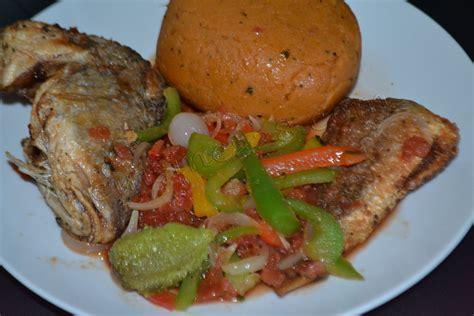 djenkoumé amiwo cuisine togolaise
