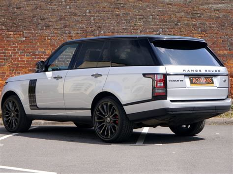 land rover vogue land rover range rover vogue se black pack 22 39 39 alloys