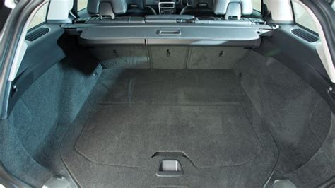 volvo  estate   practicality boot space