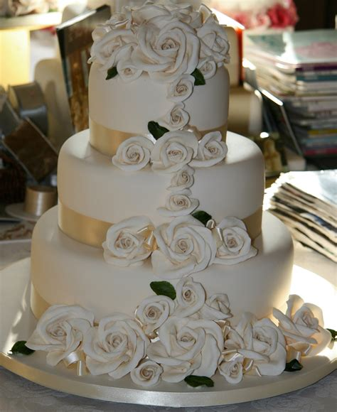 different of cakes to make various ways of making wedding cake in different sizes
