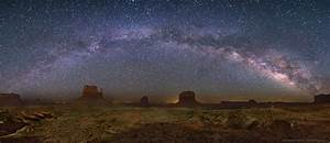 APOD: 2012 August 1 - The Milky Way Over Monument Valley