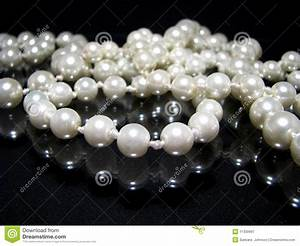 Pearl Necklace On Black Royalty Free Stock Photography - Image: 11309997