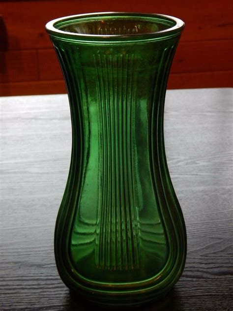 Green Vase by Vintage 8 5 Quot Hoosier Glass Green Emerald Vase 7 Ribbed