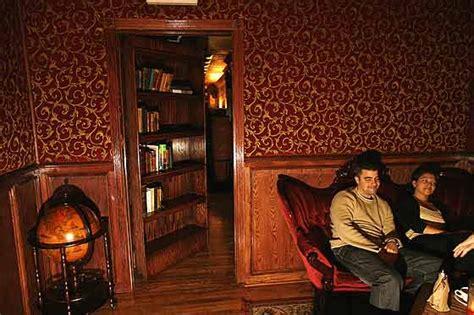Back Room by Travelettes 187 187 Secret Nyc Return Of The Speakeasies