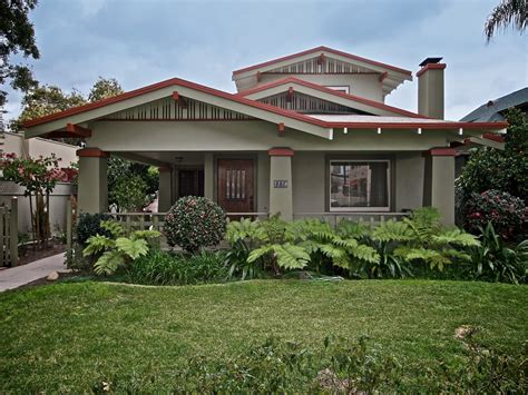 California Bungalow Style American Bungalow Style Homes