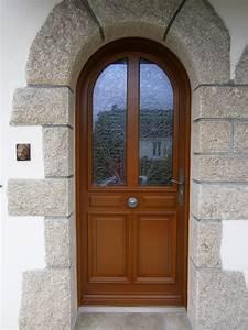 Poser Une Porte D Entrée En Rénovation : porte d 39 entr e traditionnelle en bois cintr e ~ Dailycaller-alerts.com Idées de Décoration
