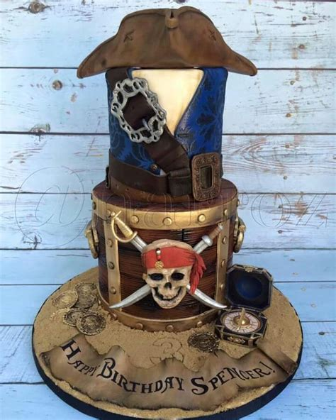 pirates   caribbean cake party pirate pinterest