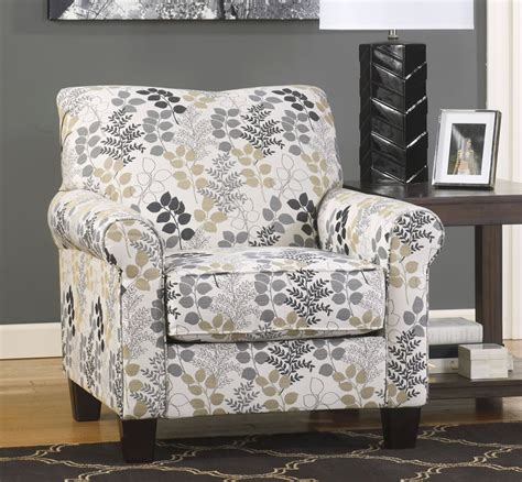 Best Wedding Chair Decorations Ideas On Pinterest Wedding