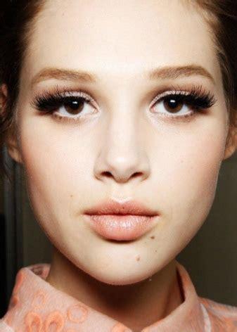 Макияж для карих глаз 42 фото красивый и нежный естественный и повседневный makeup пошаговое нанесение