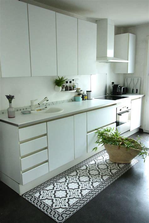carreaux pour cuisine sol vinyl pour cuisine kirafes