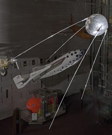 Sputnik 1 (Replica)