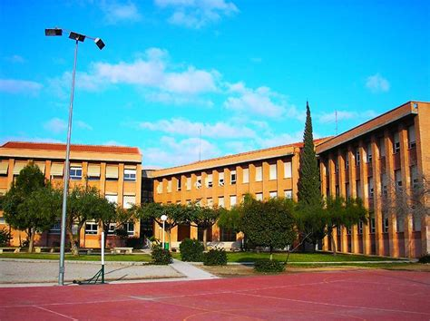 Best Schools In Spain Integration In A High School Top School In Spain