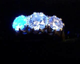 precious diamonds fluorescence viewing scale
