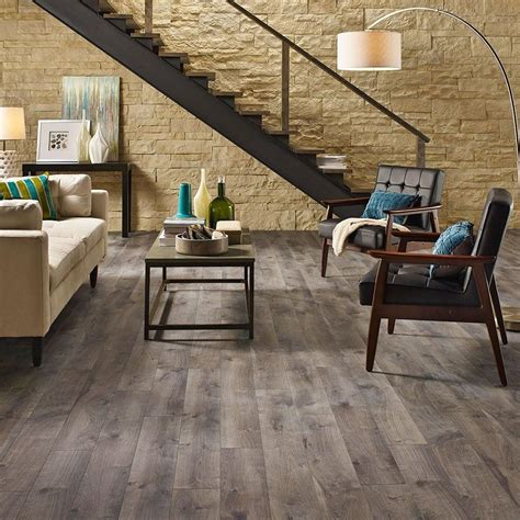 pergo xp southern grey oak  mm thick     wide