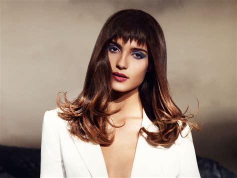 long hairstyle  diagonal highlights   modern