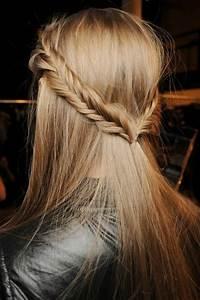 Coiffure Simple Femme : la coiffure d 39 t nos astuces en photos et vid os ~ Melissatoandfro.com Idées de Décoration
