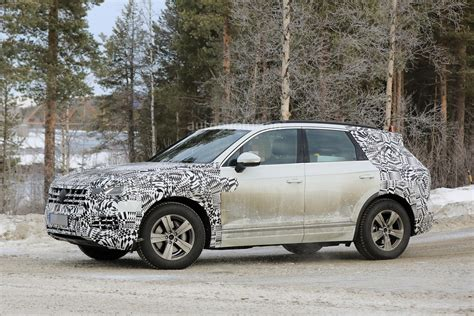 volkswagen winter less disguised 2018 volkswagen touareg spied during winter