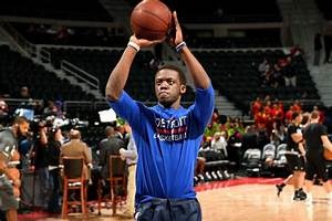 Pistons, Pelicans Discuss Reggie Jackson Trade