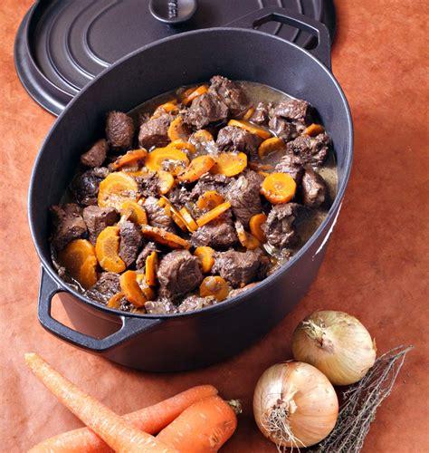 recette de cuisine familiale boeuf bourguignon aux carottes en cocotte les meilleures