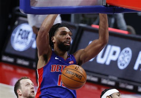 Okafor Practices With Pistons, Return Imminent | Hoops Rumors