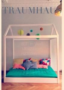 Bett Für Kleinkind : kinderbetten traumhaus xxl bett 120 x 200 cm ein designerst ck von babika zoe bei dawanda ~ Orissabook.com Haus und Dekorationen