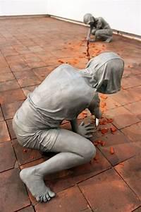 Gregor gaidas aluminum boys destroy art gallery floors for Gregor gaida