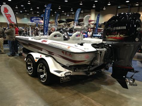 Bass Cat Boat Accessories by Birmingham Boat Show It S On And It S Strong Bass Cat Boats