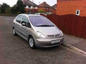 Citroen 2003 Xsara Picasso Desire 2 0 Hdi Silver  Car For Sale