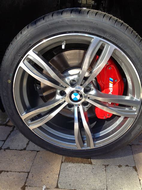 ravenus studios brake caliper covers    bmw li