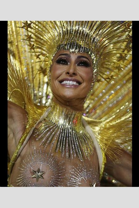Rio Carnival 2018: The hottest outfits of the famous festival! (SEXY PHOTOS)   protothemanews.com