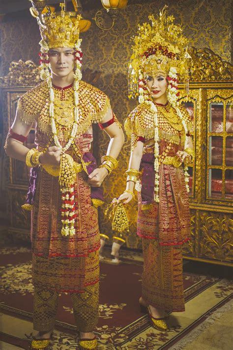 pesona keanggunan sriwijaya busana pengantin palembang