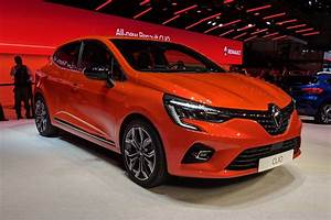 Clio 5 2019 : new 2019 renault clio uncovered at geneva with mild hybrid option auto express ~ Medecine-chirurgie-esthetiques.com Avis de Voitures