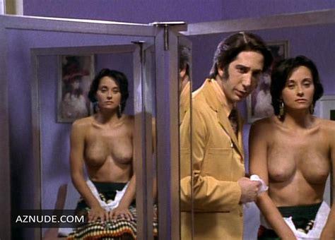 Mary Deno  nackt