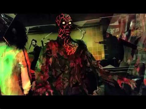 Spirit Halloween Animatronics Youtube by Spirit Halloween Animatronics 2015 Zombies Youtube