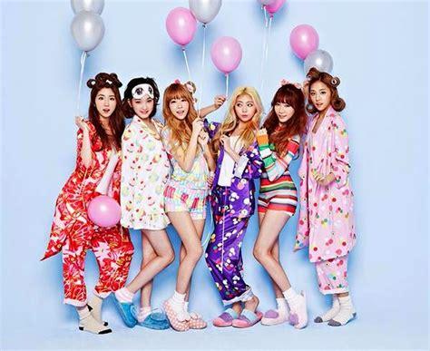 Laboum Have A Festive Pajama Party In 'sugar Sugar' Mv