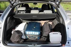 Audi Q3 Coffre : essai audi q3 2 0 tdi 184 ch quattro s tronic restyle auto ~ Medecine-chirurgie-esthetiques.com Avis de Voitures