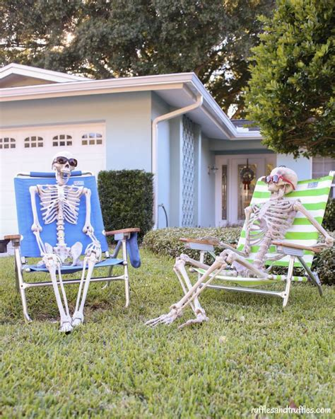 spooky halloween skeleton decors   scare