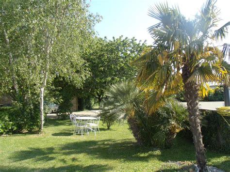 chambre d hotes le palmier chambre d 39 hôtes à st ouen d 39 aunis 10 personnes location