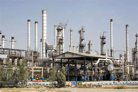 indian firm wins oman refinery contract refining