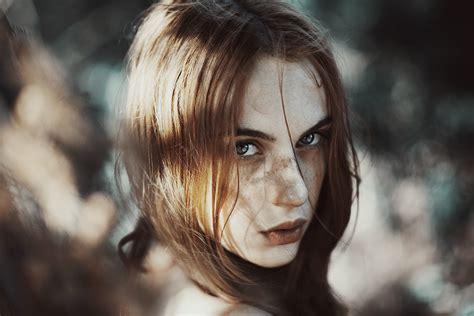 gorgeous natural light portraits  italian photographer