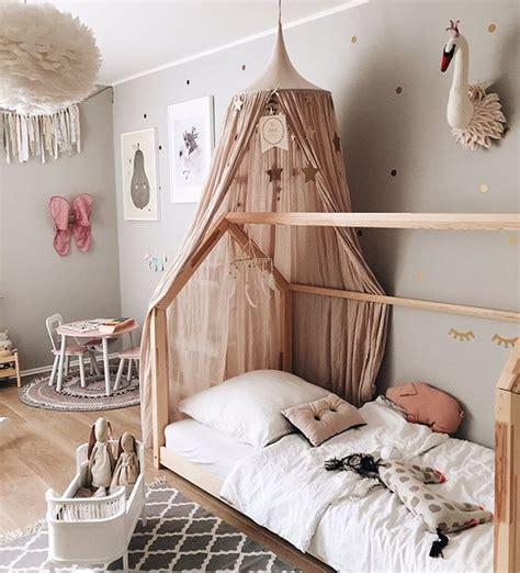 Kinderzimmer Kleinkind Mädchen by Kinderzimmer Idee Hausbett Babyzimmer Ideen