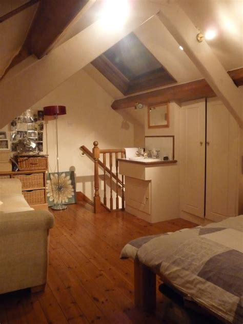 large attic room in terrace townhouse room to rent from