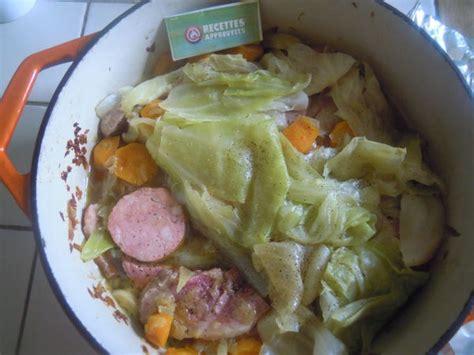 cuisiner saucisse morteau potée de chou choudou à la saucisse de morteau palette