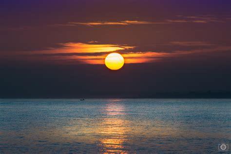 Beautiful Sea Sunrise Background - High-quality Free ...