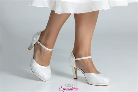 Queste scarpe si distinguono per un fiocco, elegante e chic, applicato sulla caviglia. Scarpe Da Sposa Tacco Altissimo / Penrose scarpe sposa ...