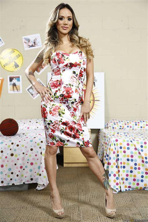 Busty Babe Took Off Her Summer Dress Photos Nadia Styles Keiran Lee MILF Fox