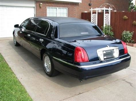 Buy Used 1999 Lincoln Town Car Limousine 6-door 4.6l In