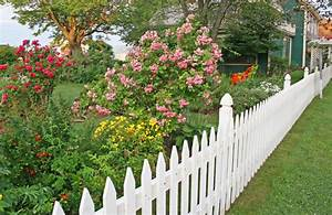 40 beautiful garden fence ideas for Beautiful garden fence