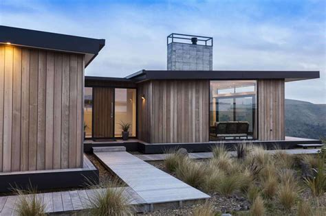 New Zealand Architecture Award by This Relaxed Home Channels The Relaxed Vibe Of A
