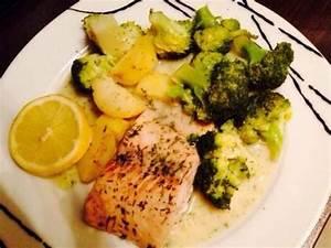 Dillsauce Einfach Schnell : lachsfilet mit brokkoli kartoffeln und dillsauce von grazia87 ein thermomix rezept aus der ~ Watch28wear.com Haus und Dekorationen